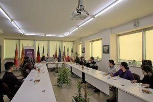 Zhvillohen Konsultimet e II Kombëtare tëDepartamentit të Gruas dhe Departamentit të Rinisë në KNFSH