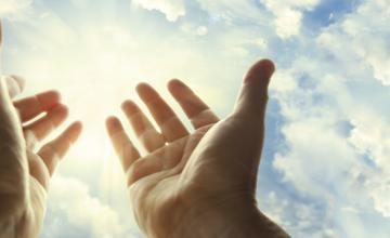 Myslimanë e të krishterë lutje, agjërim dhe bamirësi drejtuar Zotit
